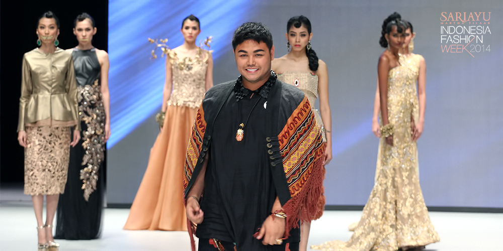 Model Baju Perancang Ivan Gunawan Black Hairstyle And